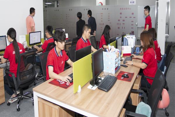 long8龙8国际团队